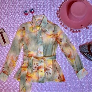 Vtg 70s Lily Flower Sheer Dagger Collar Blouse